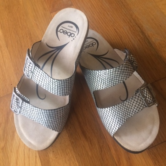 3d9a55beace2 Abeo Shoes - 🔔 Abeo Blythe Slides Black Silver Sandals Sz 7🔔